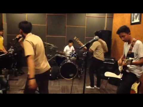 Treasure covered by Rockidz band
