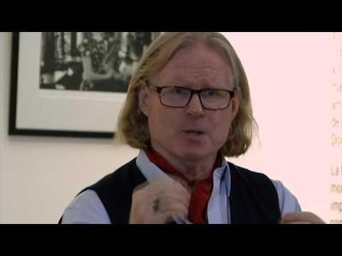 Interviews From Havana - Peter Turnley at Cuban Fine Arts Museum