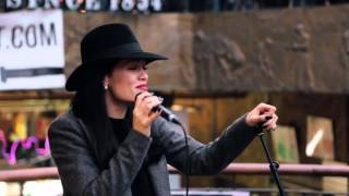 Jessie J Price Tag Acoustic in Camden for Transmitter Live.mp3