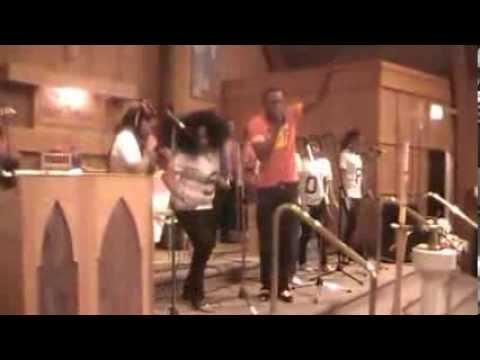 FISTON WABU ET ESPOIR DES ANGES NOEL 2012