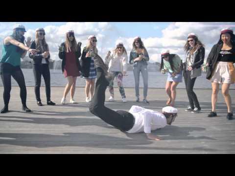 SG Studenter - Ud I Det Blå (Skål!) (Officiel Musikvideo)