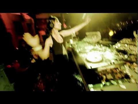 LADY WAKS - ROUND THE GLOBE - feat MC Manic (MENUmusic)