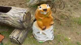 Садовая фигура Бобер у полена фигуры животных купить для интерьера квартиры ландшафта сада дачи дома