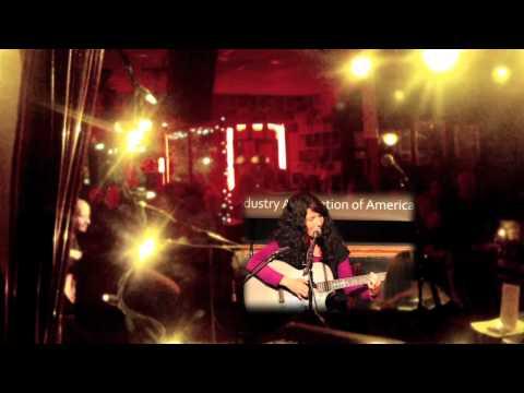 Shy Anne - The Glue (Bluebird Cafe, Nashville, TN)