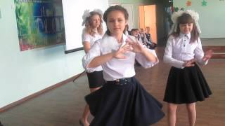 Танец 9 класса на 1 сентября! Танцуй добро!