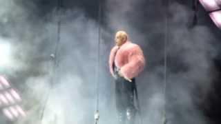 """Rammstein-""""Ich tu dir weh"""" Palau Sant Jordi 14/4-2013 HD"""