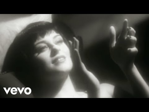 Lisa Stansfield - In All The Right Places (Official Video)