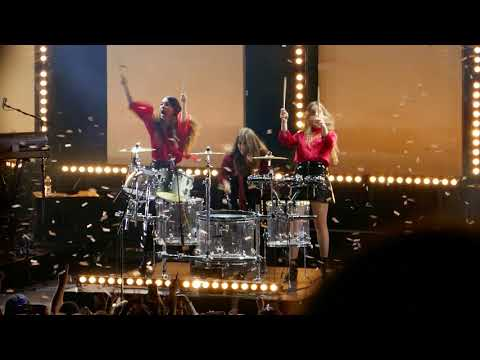 HAIM - RIght Now (drum parts) @ The Greek Theater, LA - 10/19/17