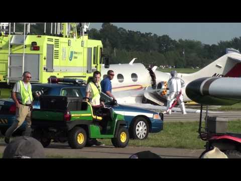 Jack Roush Beechcraft Premier Jet Crashes In Oshkosh Airventure 2010