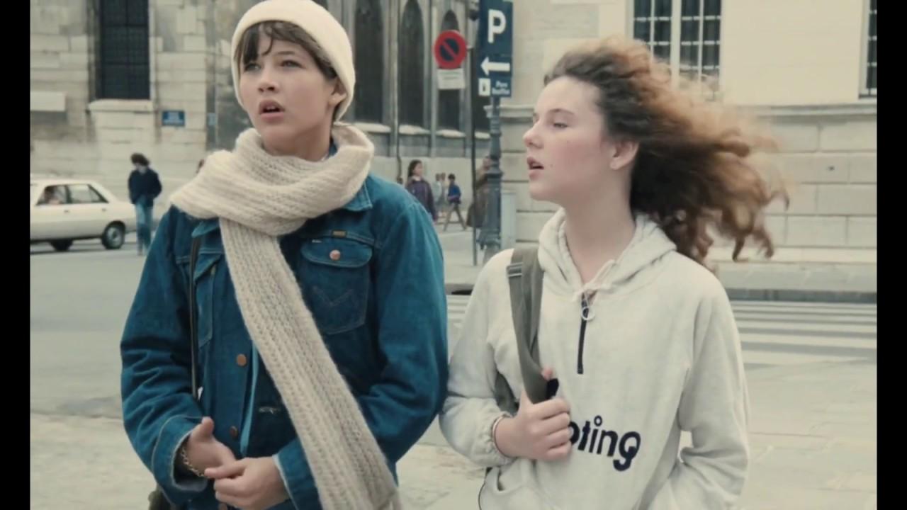 """J'ai rien à me mettre ! """" Sophie Marceau et Sheila O'Connor dans la Boum"""