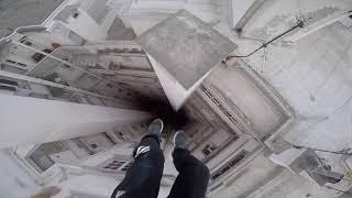 Run & Escape on the roofs - Parkour Pov