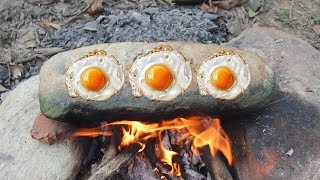 Primitive Survival: Cooking Bird Eggs on a Rock - Find the Bird Eggs in the Wild