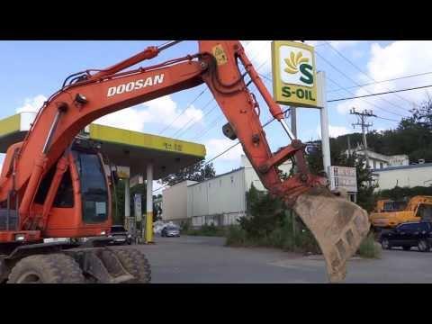 [Autowini.com] Korean used Excavator - Doosan DX140W (Hyundai12-115)