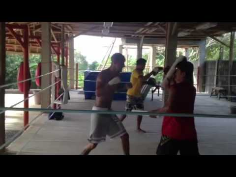 Boxing training in the Philippines with Legacy Gym on Boracay island with Interview of Marcus Waters