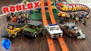 ROBLOX Vehicles Vs. HOT WHEELS TRACK!! All #Robloxtoys Vehicles Stunt jumping Hot Wheels Track