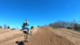 Gambar cover Clay Quick #78 - Practice day out at Underground MX - Spring A Ding Ding MotoPlayground