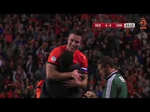 Robin van Persie: all time Dutch topscorer!