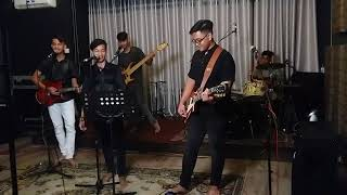 #u9 band live