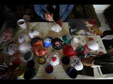 كمامات ملونة وأخرى ثلاثية الأبعاد لمحاربة كورونا في غزة  - نشر قبل 7 ساعة
