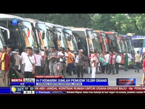 Suasana Mudik Sudah Terlihat di Terminal Kampung Rambutan