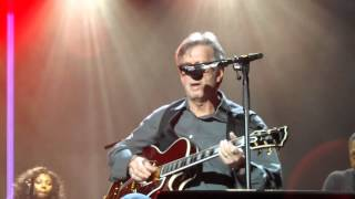 Eric Clapton Further on down the road live video Dublin 2013