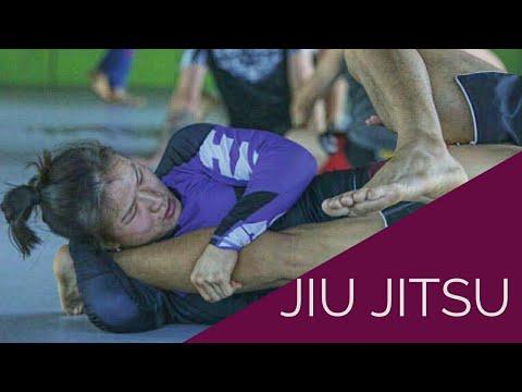 Zhang Weili The Training Footage part 2 : Jiu Jitsu and Takedowns