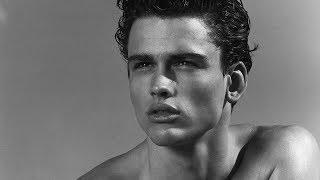 Male Model: Simon Nessmann