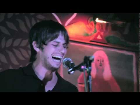Foster The People - Don't Stop (Color on The Walls) acoustic - 91X X-Session