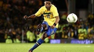 Amazing FootBall ✬ Ronaldinho ✬ Craziest Freestyle Skills Ever