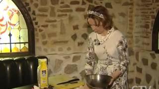 Знаковое блюдо белорусской кухни «Капытки» наши предки знали, что такое «снеки» и чипсы(Копытка – это традиционная белорусская еда, нечто вроде клёцек, по форме напоминает копытца какого-либо..., 2015-07-10T18:16:23.000Z)