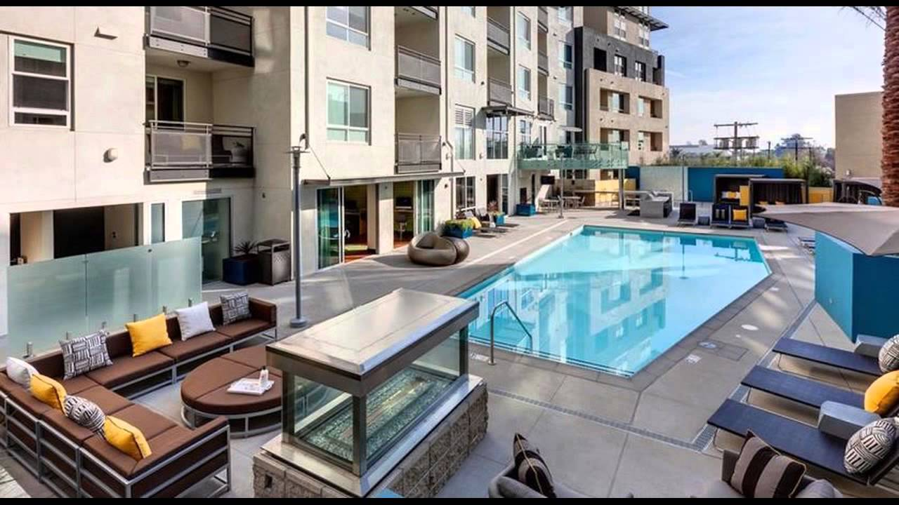 Nice Apartment Luxury Two Bedrooms Near The Grove, Los Angeles, USA.wmv