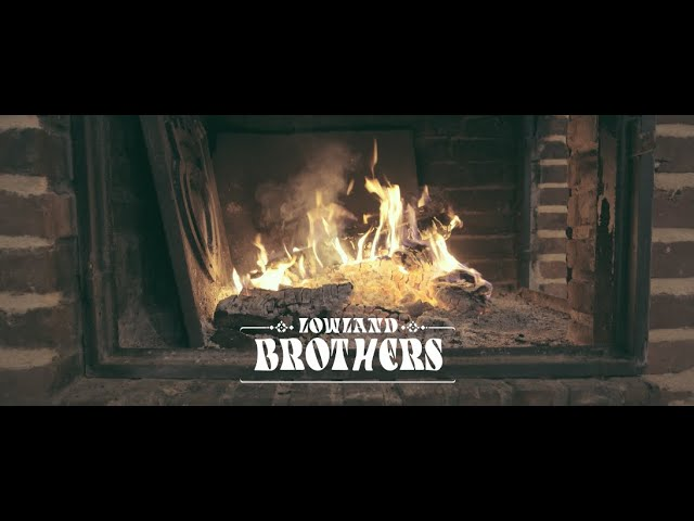 LOWLAND BROTHERS - Sunburns in December (Live Session)