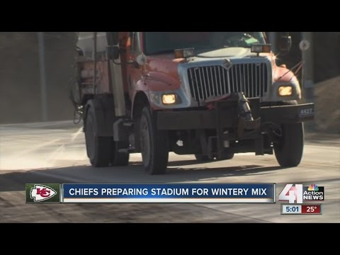 KC preparing for ice storm ahead of Chiefs game