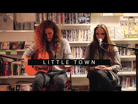Oxfam Bookshop Sessions (Dumfries) - Taagan // Little Town