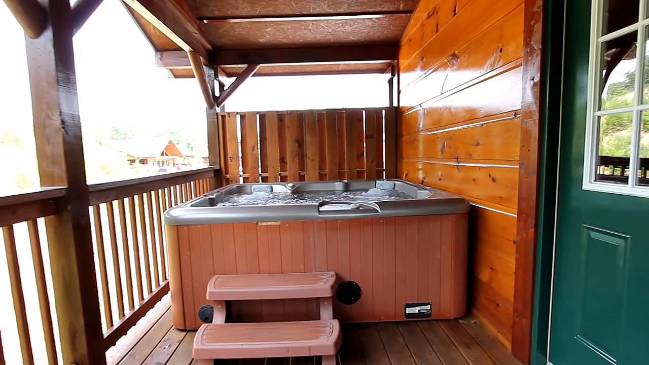 Sundaze 3 bedroom luxury cabin near dollywood and pigeon for 4 bedroom luxury cabins in pigeon forge tn
