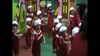 2012-09-22 ( Smart Reader Kids ) - Song - 03 ( AEIOU )