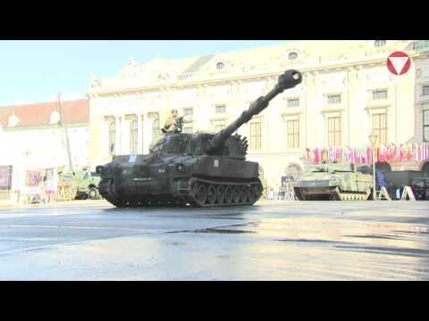 Panzervorführung am Heldenplatz