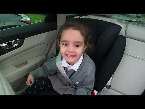 Vloggeri din naștere - drumul spre școală cu David și tati! (EVA Show, Ep. 2) thumbnail