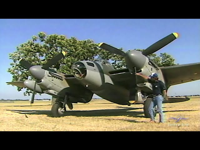 De Havilland Mosquito - Flight & Presentation