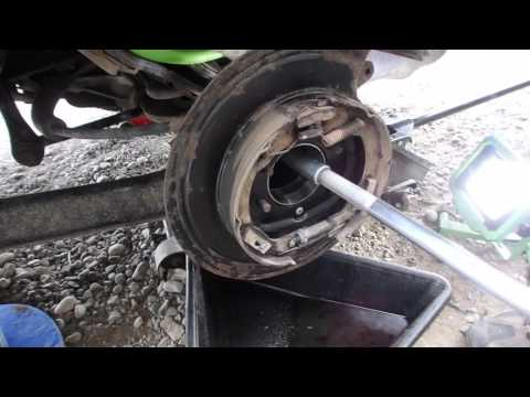 DIY How to Replace Seals and Bearings in a D44