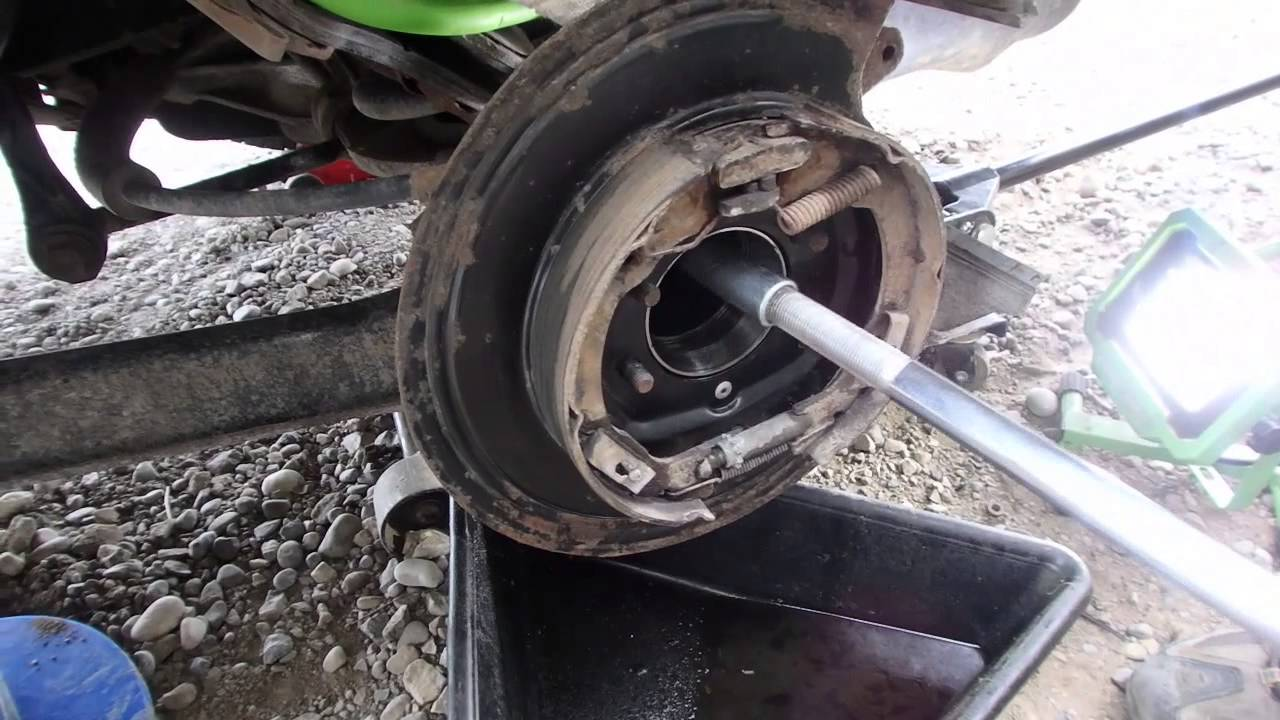 hight resolution of diy how to replace seals and bearings in a d44