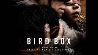 Trent Reznor amp Atticus Ross - Looking Forwards And Backwards