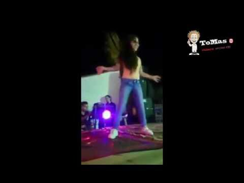 شاهد رقص طفله  تتحدى صافينار على اغنية كدة مطمرش شاهد الطفلة التي غلبت صافيناز في الرقص الشرقي thumbnail