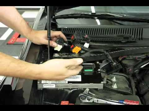 Hqdefault on 2005 Chrysler Town And Country Fuse Box