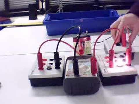 amp rem tre intensit du courant dans un circuit s rie. Black Bedroom Furniture Sets. Home Design Ideas