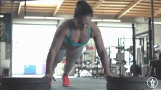 18 Year Old Crossfit Superstar Suzanne Svanevik Is A Beast In The Gym