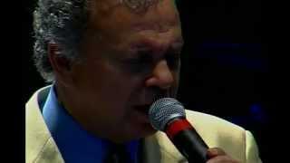 RETRATO EM BRANCO E PRETO - Pery Ribeiro (ao vivo)