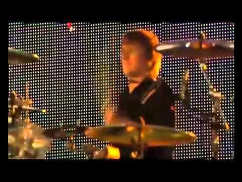 Клип Muse - Micro Cuts (Live)