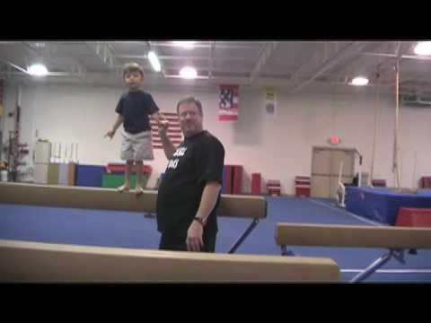3-year-old Liam Hoekstra makes a strong impression | The Muskegon Chronicle