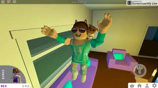 First Video- Welcome To Bloxburg- Roblox
